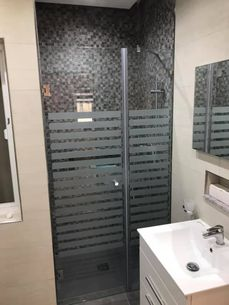 shower glass door 1